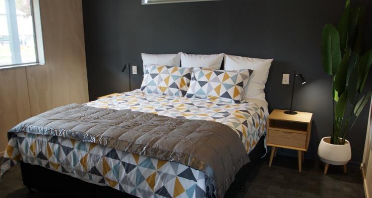 hanmer springs apartment master bedroom